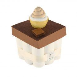 Gâteau de couches : Chocolat pour un cadeau de naissance insolite