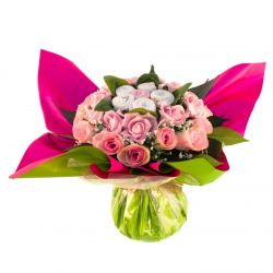 Bouquet de 6 layettes : Dorémi rose cadeau de naissance