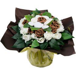 Bouquet de 8 layettes : Symphonie Chocolat