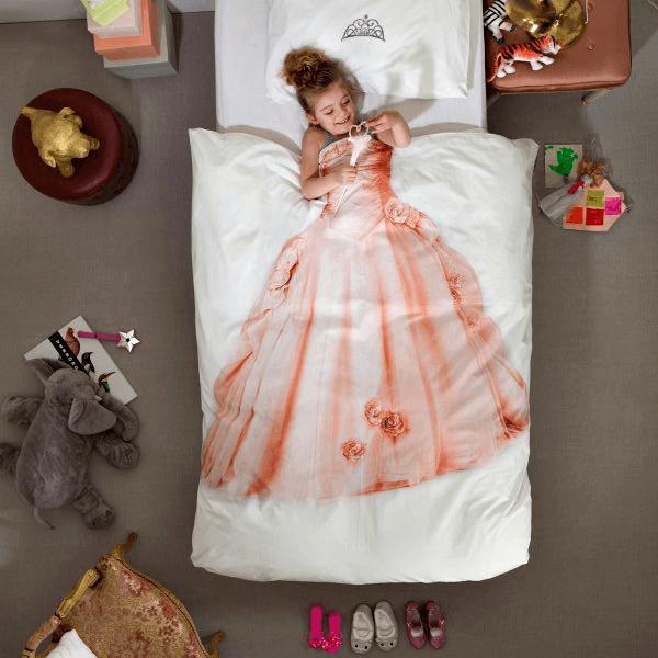 la couette pour lit de princessele blog de fripoune le blog de fripoune. Black Bedroom Furniture Sets. Home Design Ideas